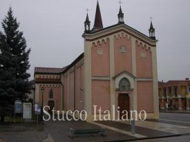 Italian church plastered with ventian dilavato stucco